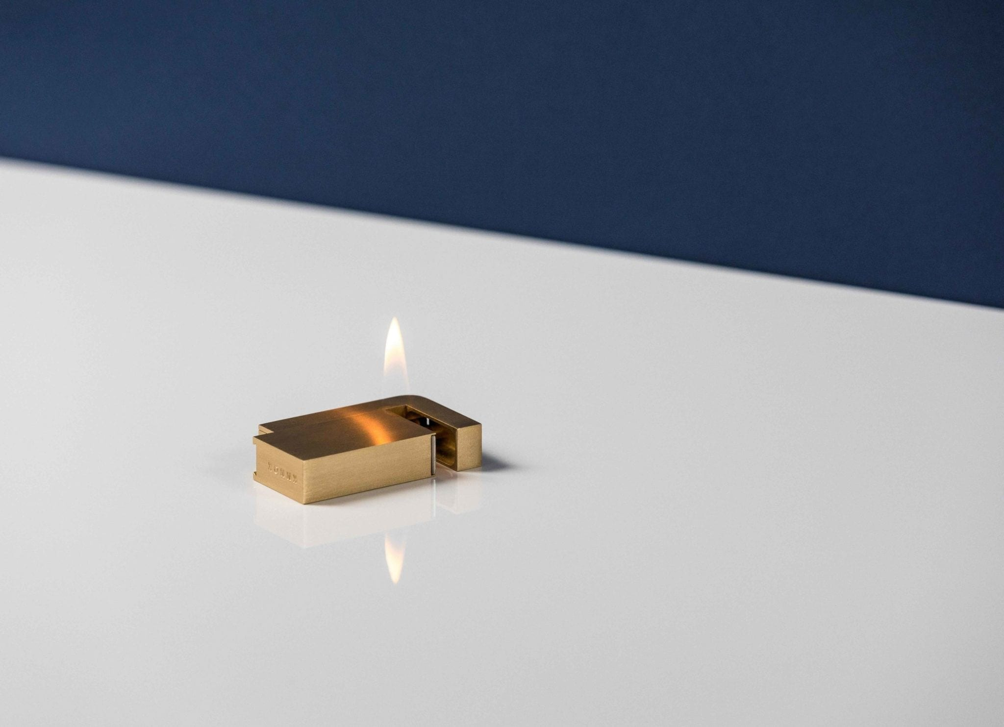 Knnox minimal luxury lighter