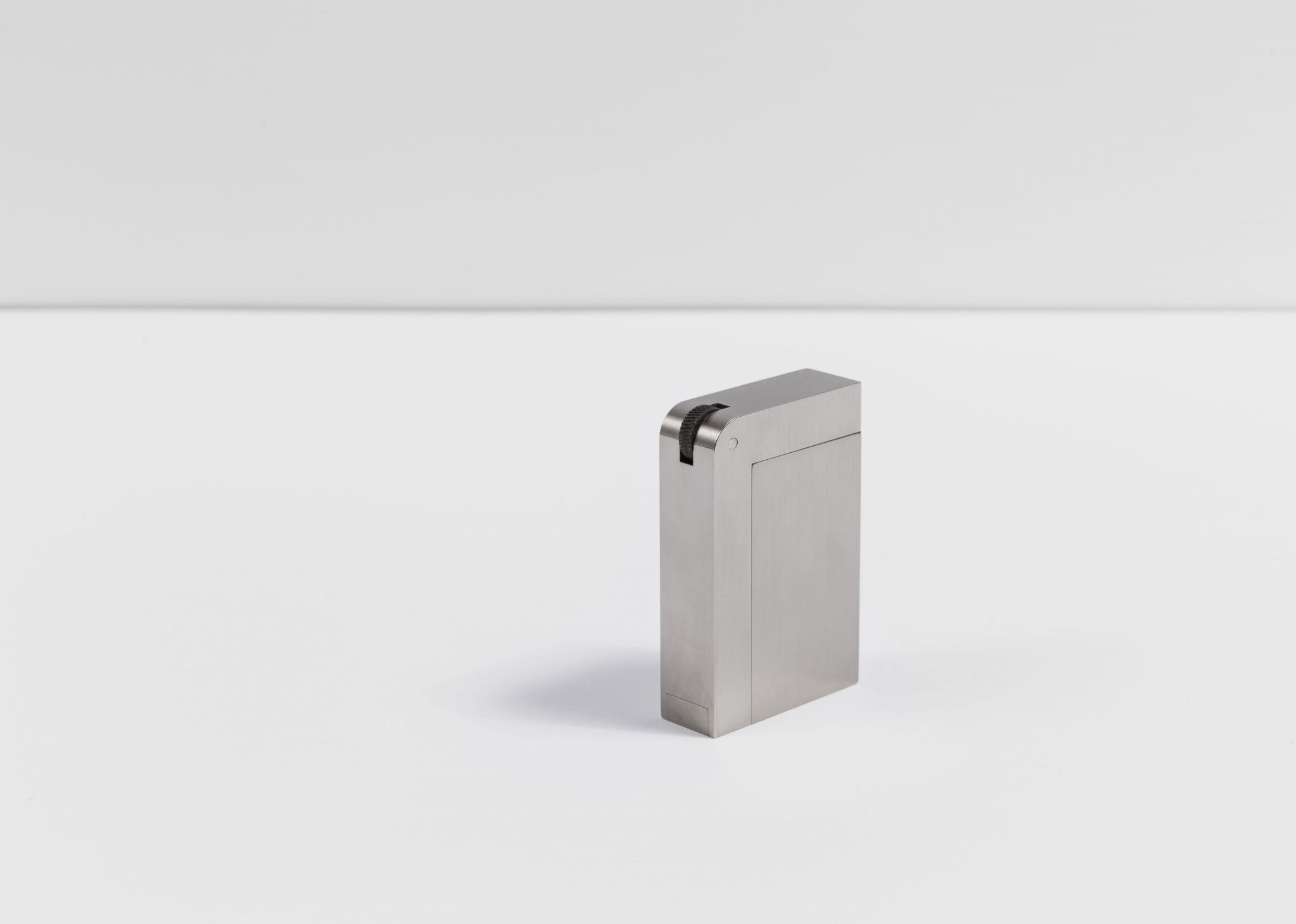 THE SILVER LIGHTER 9