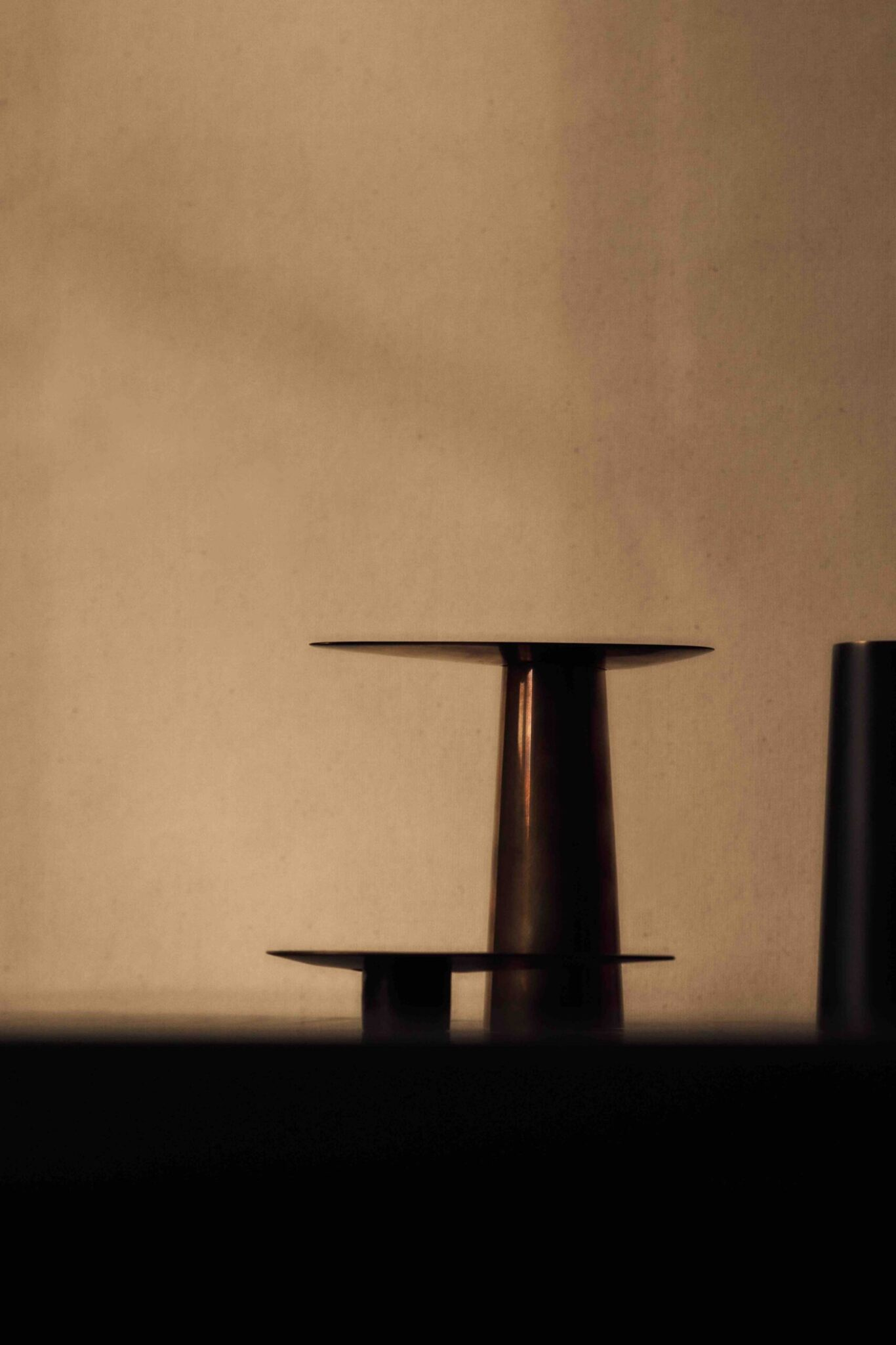 DUO CANDLE HOLDER