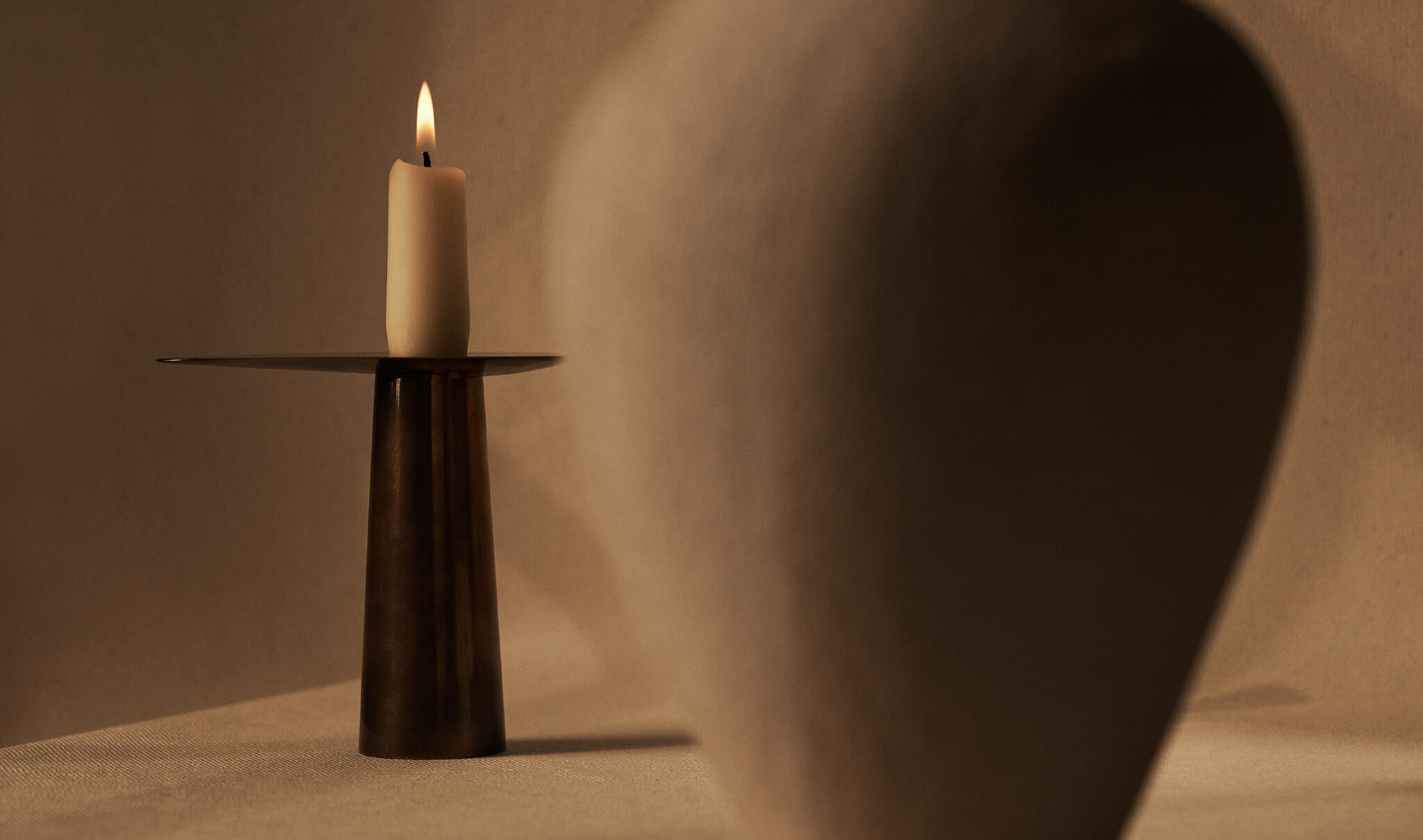 DUO CANDLE HOLDER, BRASS 4